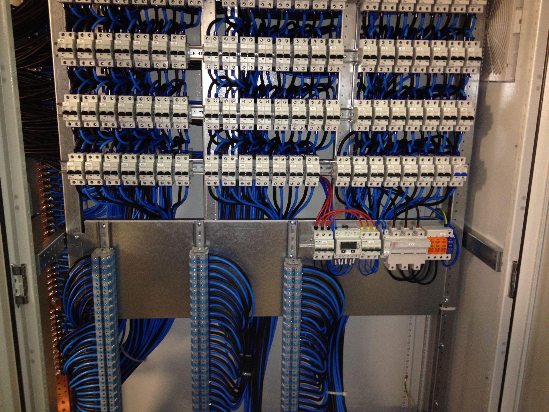 Tablouri electrice și automatizări IMG 2146