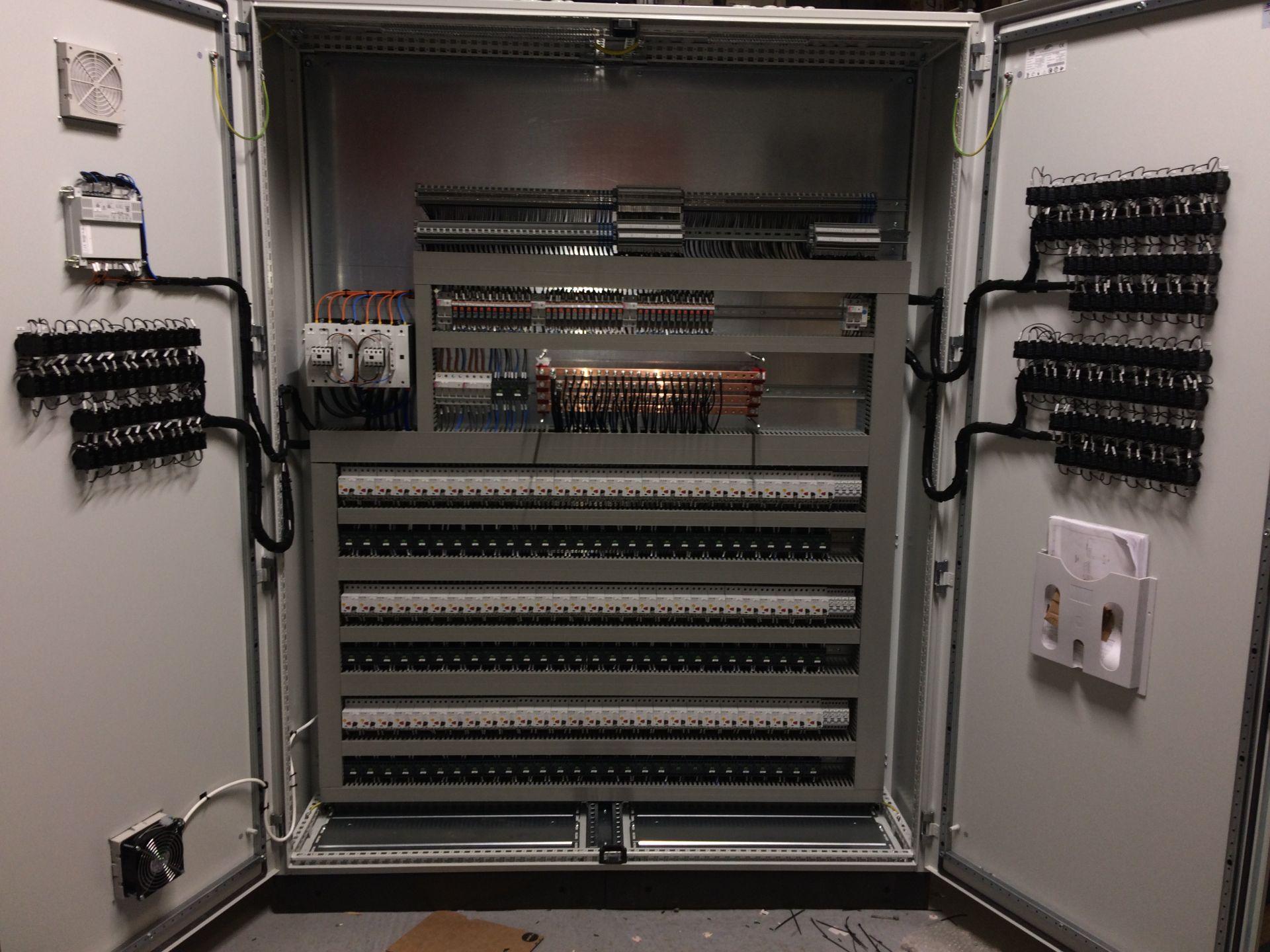 Tablouri electrice și automatizări IMG 8494